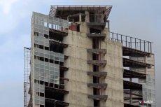 """Wieża Dawida stała się """"najwyższym slumsem świata"""""""