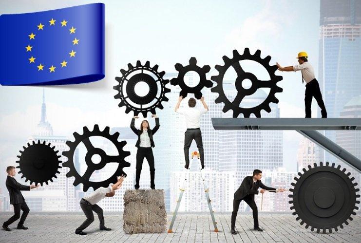 Tylko w latach 2012/13 w instytucjach i agendach unijnych zatrudnienie znalazło blisko 2,5 tysiąca młodych Polaków