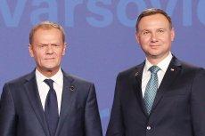 Prezydent Andrzej Duda zachowuje się wobec przewodniczącego Rady Europejskiej Donalda Tuska zupełnie inaczej niż inni politycy PiS.