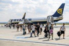 Polacy coraz chętniej wyjeżdżają za granicę