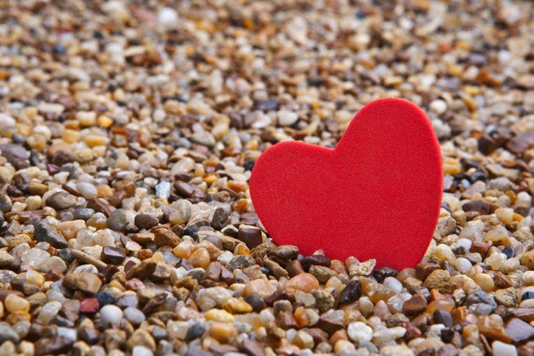 """Czy w dzisiejszych czasach wiara w romantyczną miłość """"aż po grób"""" jest skazana na wymarcie?"""