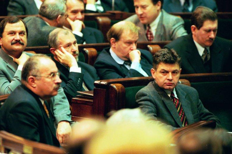 Akcja Wyborcza Solidarność była konglomeratem kilkudziesięciu różnych prawicowych środowisk politycznych