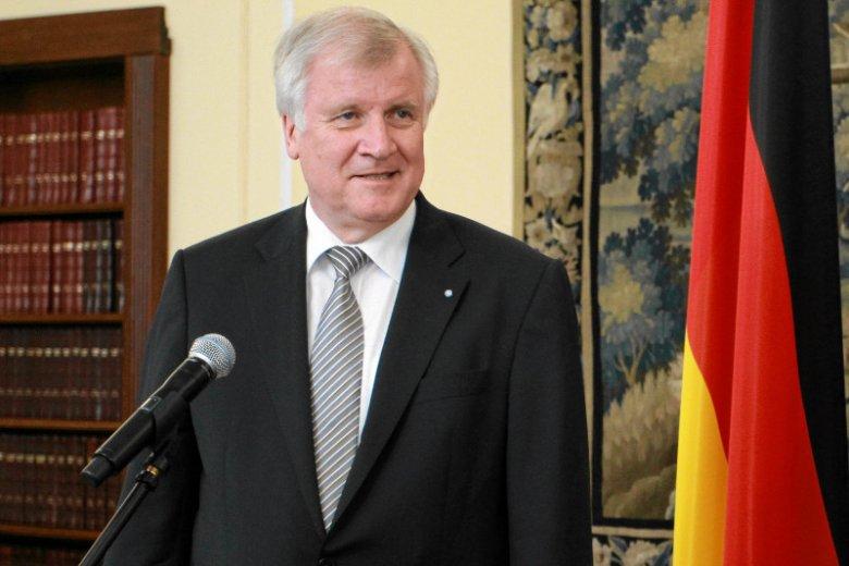 Przyszły szef niemieckiego MSW zapowiada zwiększenie liczby deportacji, gdy zostanie zaprzysiężony nowy rząd.