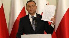 Prezydent Andrzej Duda pokazał swoje projekty ws. sądownictwa