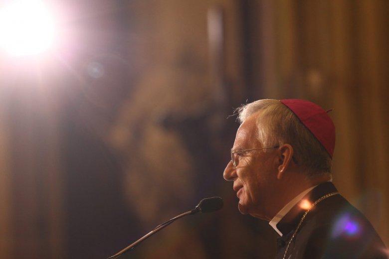 Arcybiskup Marek Jędraszewski bez zastanowienia sprowadził ks. Sowę z powrotem do Krakowa. Jednak szybkość decyzji zadziwia.