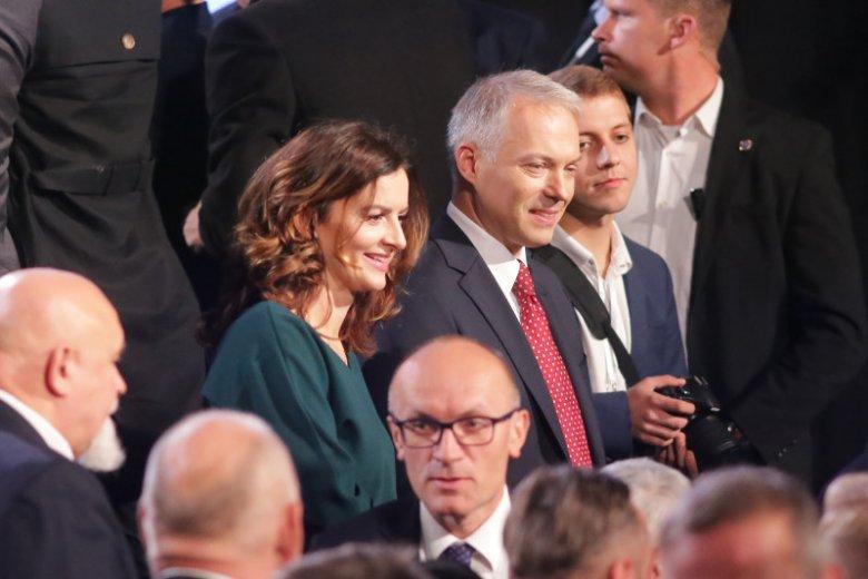 Jacek Żalek z żoną Justyną podczas konwencji PiS w Białymstoku przed wyborami samorządowymi.