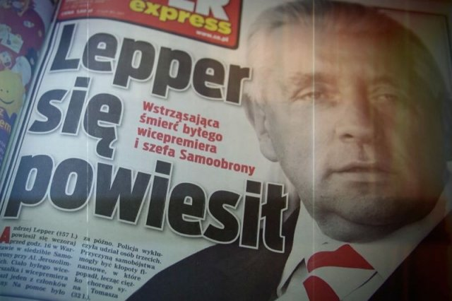 """Nowe znaki zapytania w sprawie śmierci Andrzeja Leppera. """"Kiedyś komuś powierzył coś, co nie powinien był powiedzieć""""."""