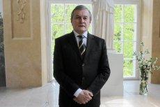 Minister Piotr Gliński nie nadaje się na bohatera