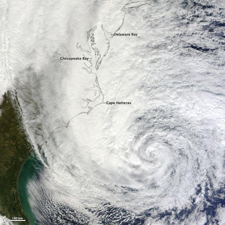 Sandy wiał nawet z prędkością 185 km/h.