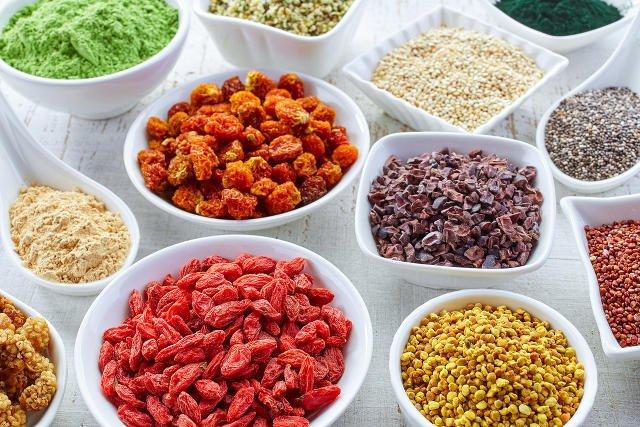 Jagody goi, morwa, pszenica – sztandarowi przedstawiciele superfood