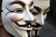 Maska Guya Fawkesa - symbol Anonimowych i współczesnych buntowników