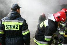Rząd staje przed coraz większym wyzwaniem. Do policjantów dołączyli strażacy.