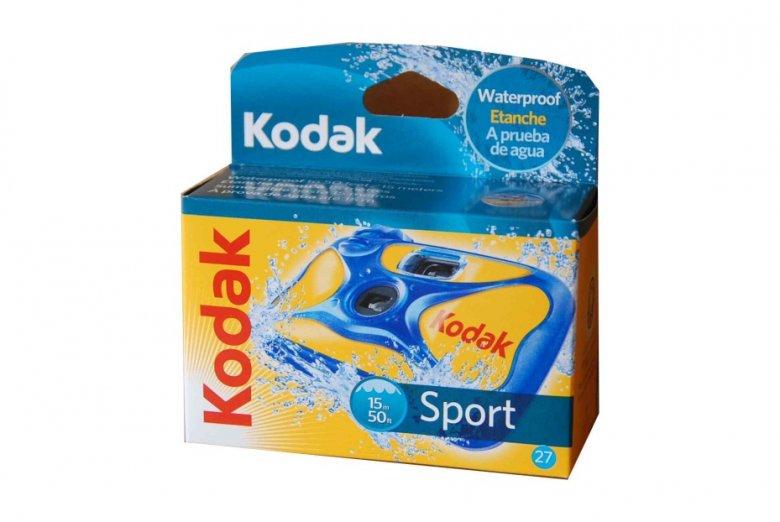 Aparat do robienia zdjęć Kodaka kosztuje około 50 zł i można z nim zejść na głębokość 15 metrów.