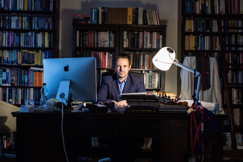 Rafał Trzaskowski przekonuje, że pewnie czuje się w roli kandydata PO i Nowoczesnej na nowego prezydenta Warszawy i nie obawia się konkurencji Patryka Jakiego, Stanisława Karczewskiego lub Zbigniewa Gryglasa.