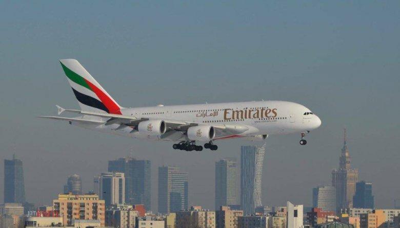 Linie lotnicze Emirates opierające swoją działalność o port lotniczy Dubaj (DXB) nie powinny być wzorem rozwoju dla LOTu.