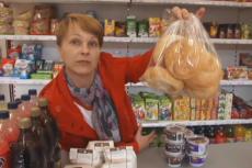 Żywność i odzież to artykuły za które zapłaciliśmy w marcu mniej.