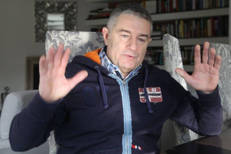 Władysław Frasyniuk po zatrzymaniu przez policję w swoim domu we Wrocławiu.