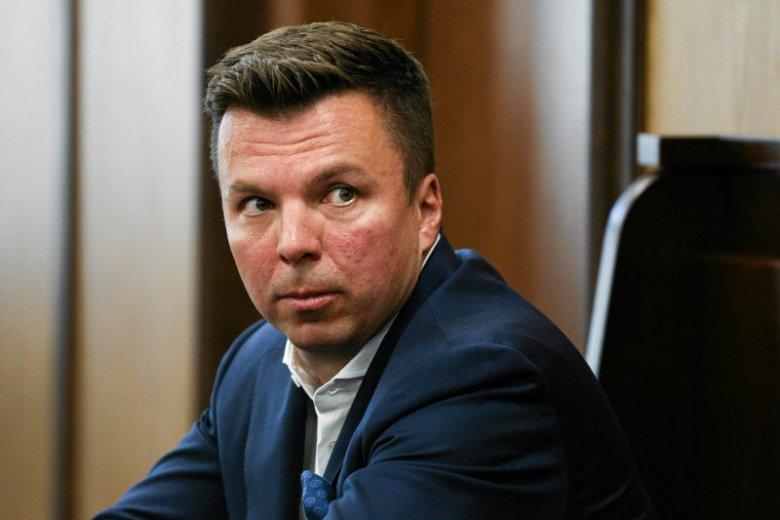 Marek Falenta był mózgiem afery podsłuchowej, która pogrążyła rząd PO-PiS. Współpracujący z nim funkcjonariusz CBA właśnie dostał awans.