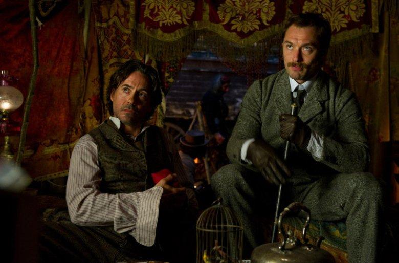 Premiera trzeciej części przygód detektywa z Baker Street 221B opóźni się o rok.