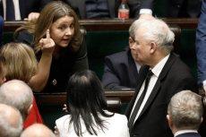 """W najnowszym """"Newsweeku"""" Renata Grochal wyjaśnia, dlaczego Jarosław Kaczyński nie wyciągnie konsekwencji wobec Joanny Lichockiej."""