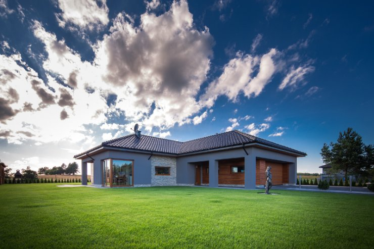 Przestrzeń zewnętrzna domu to też miejsce na podkreślenie swojego designerskiego indywidualizmu