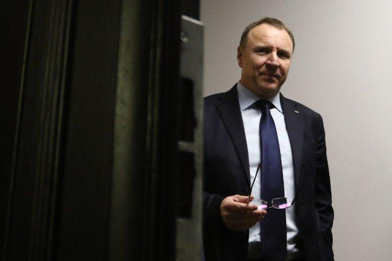 """Na prezesa TVP Jacka Kurskiego posypały się gromy za ocenzurowanie filmu """"Dom dusz"""". Ale warto w tej sprawie poznać kilka faktów."""