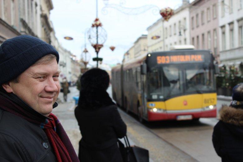 """Szef związku pracodawców po 30 latach zamienił limuzynę na tramwaj. """"Jazdę autem odczuwam jako represję"""""""