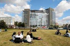 Dzięki szczytowi NATO w wielu warszawskich  firmach rozpoczął się długi weekend.