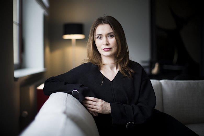 Nino Dżikija, naczelna portalu INN:Poland z pochodzenia jest Gruzinką, jednak dorastała w Rosji. Do Polski przyjechała mając 16 lat.