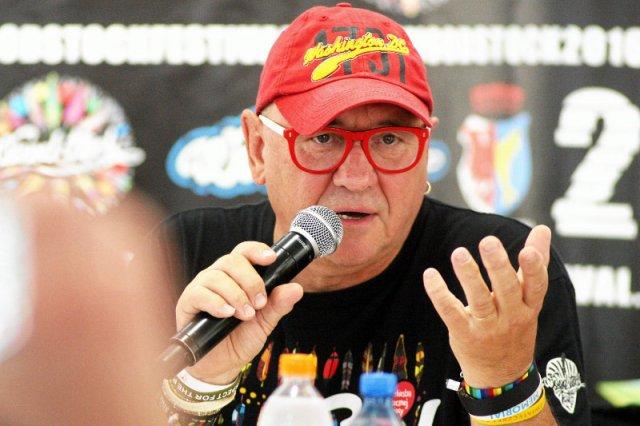 """Błaszczak pogroził w sprawie Przystanku Woodstock. Mamy odpowiedź Owsiaka. Z klasą: """"Zacznę od podziękowań!"""""""