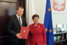Premier Beata Szydło w towarzystwie nowego pełnomocnika rządu ds. Centralnego Portu Komunikacyjnego Mikołaja Wilda.