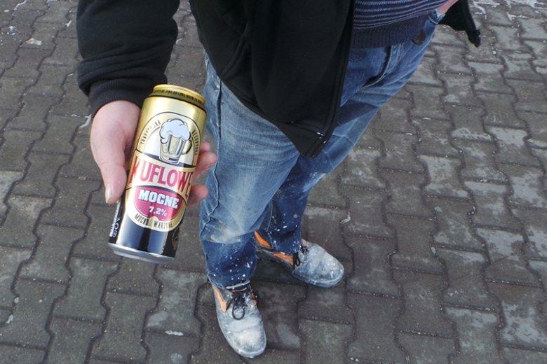 Pan kupił swoje piwo za 2,20 zł