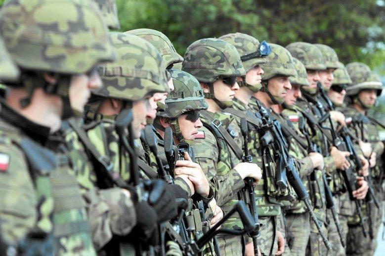 Za ochronę  Marszu Biało-czerwonego alternatywnego wobec Marszu Niepodległości ma odpowiadać wojsko.