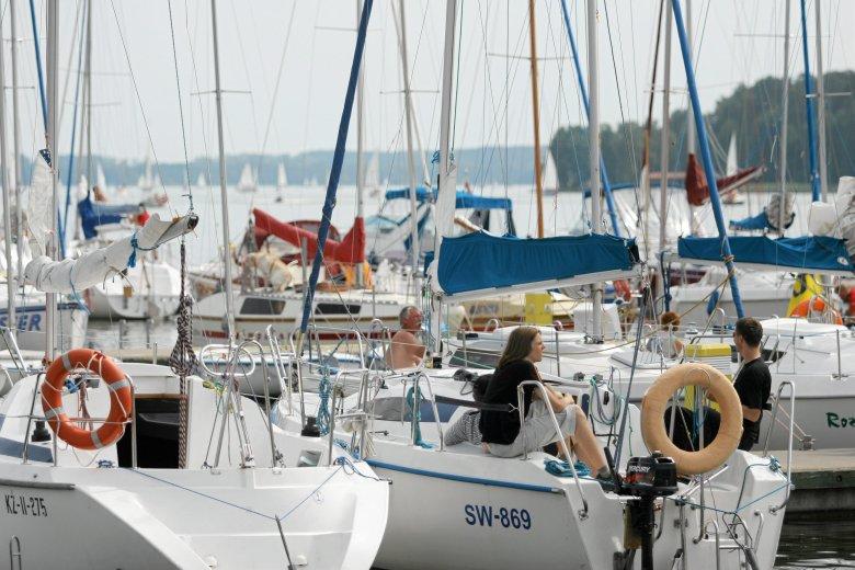 Mikołajki -port żeglarski.