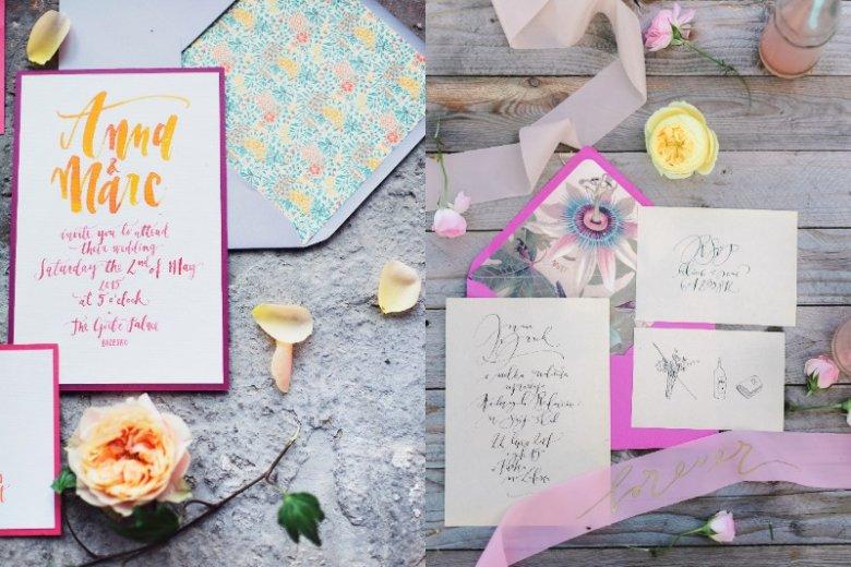 Zaproszenia i dekoracje ślubne z wykorzystaniem kaligrafii to modny dodatek, bez którego - coraz częściej - młodzi nie wyobrażają sobie oprawy ceremonii