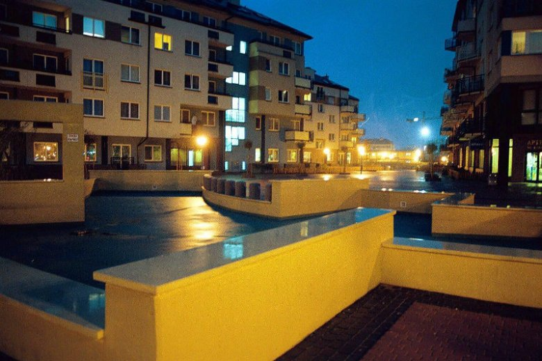 2.11.2001 Warszawa - osiedle Kabaty