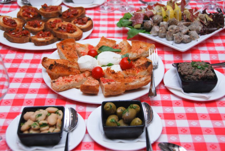 Choć maltańska kuchnia stanowi mieszankę wpływów włoskich, arabskich i brytyjskich, to ma ona swoją specyfikę
