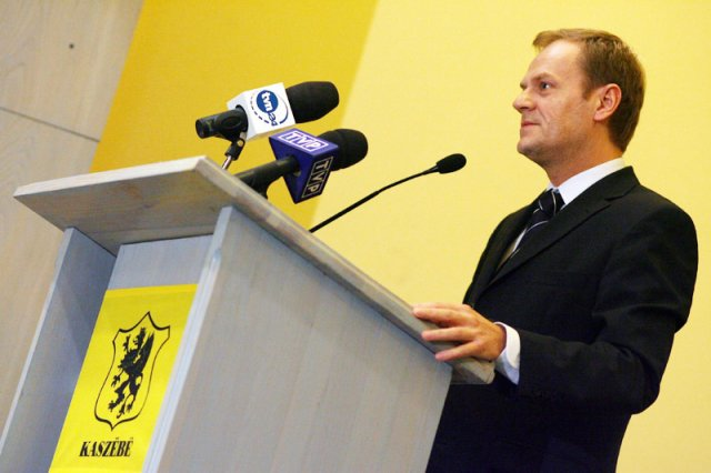 Donald Tusk zawsze z dumą podkreślał kaszubskie pochodzenie. Pod rządami PiS Kaszubi mają zapłacić za to, iż jest największym wrogiem Jarosława Kaczyńskiego?