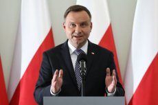 Andrzej Duda zaczyna wyprowadzać nas z Unii Europejskiej?