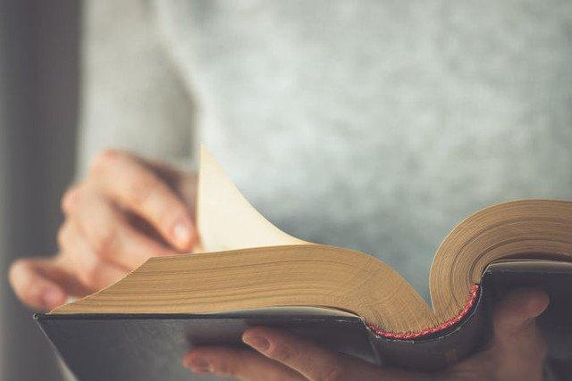 Chwila z książką w ręku? Czemu nie!