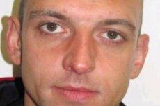 Poszukiwany to 30-letni Adam Daniel Dromowicz.