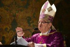 """Wśród biskupów, którzy brali udział w ukrywaniu przypadków księży pedofilów lub przenosili ich w inne miejsca w Kościele, znalazł się między innymi Sławoj Leszek Głódź - czytamy w raporcie fundacji """"Nie Lękajcie Się""""."""
