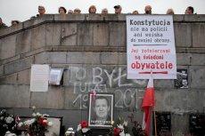 """19 października Warszawa wspomniała Piotra Szczęsnego - """"zwykłego, szarego człowieka""""."""