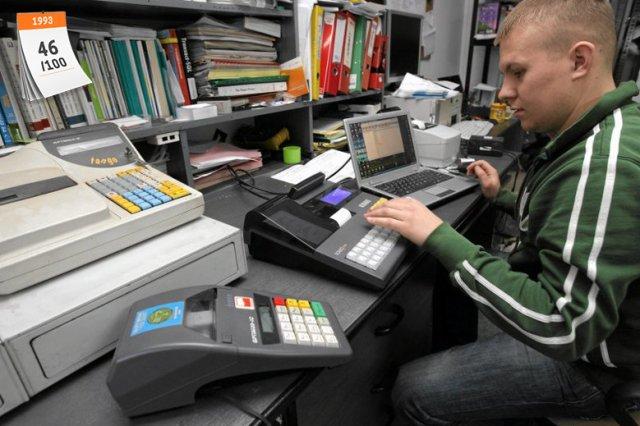 Podatek od towarów i usług (VAT) w Polsce wprowadzano w 1993 roku. Obecnie jego podstawowa stawka wynosi 23 proc.