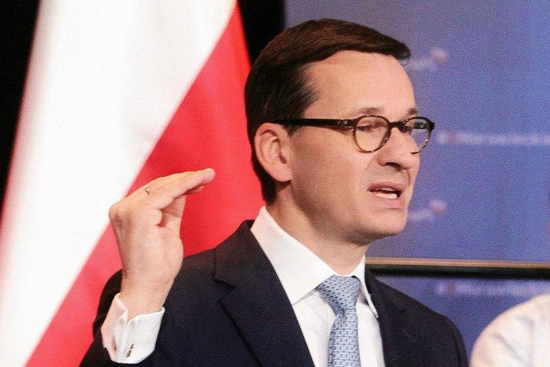 Mateusz Morawiecki dzięki podwyżce cen paliw miałby łatwiejszą drogę do realizacji programu elektromobilności.