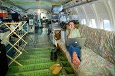 Emerytowany inżynier przerobił stary samolot na mieszkanie