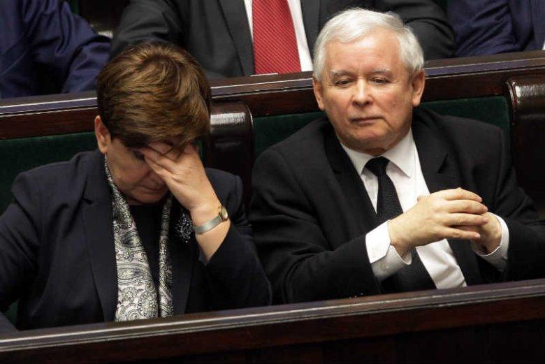 PiS już nie ukrywa, że Beata Szydło to figurantka.