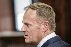 """Donald Tusk miał obrazić się na Platformę Obywatelską, twierdzi """"Wprost""""."""