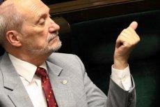 Antoni Macierewicz ostro skrytykował TVP za to, jak relacjonowała prace podkomisji smoleńskiej.