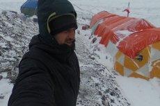 Adam Bielecki i Denis Urubko znajdują się obecnie najwyżej ze wszystkich Polaków na K2.